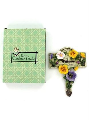 Picture of Pansy 'Welcome' garden stake (Available in a pack of 16)
